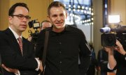 The judgement comes in response to a lawsuit brought by Austrian Facebook user Max Schrems (on the right, with his lawyer). (© picture-alliance/dpa)