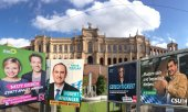 Election posters in front of the Bavarian state parliament in Munich. (© picture-alliance/dpa)