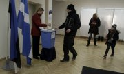 Voting in the last Estonian parliamentary elections in 2015. (© picture-alliance/dpa)