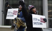 US civil servants in Detroit calling for an end to the shutdown. (© picture-alliance/dpa)