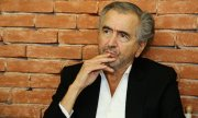 Philosopher Bernard-Henri Lévy penned the manifesto. (© picture-alliance/dpa)