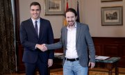 Spanish PM Pedro Sánchez and UP leader Pablo Iglesias.(© picture-alliance/dpa)