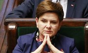Beata Szydło will travel to Strasbourg to take part in the EU parliament's debate about Poland next week. (© picture-alliance/dpa)