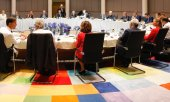 The negotiating table at the EU special summit on July 2, 2019. (© picture-alliance/dpa)