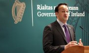 Irish Prime Minister Leo Varadkar, a physician, criticises the existing legislation as too restrictive. (© picture-alliance/dpa)