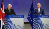 David Davis (l) and Michel Barnier (© picture-alliance/dpa)