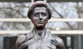 Rosa-Luxemburg-Statue in Berlin. (© picture-alliance/dpa)