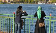 Women in Istanbul. (© picture-alliance/dpa)