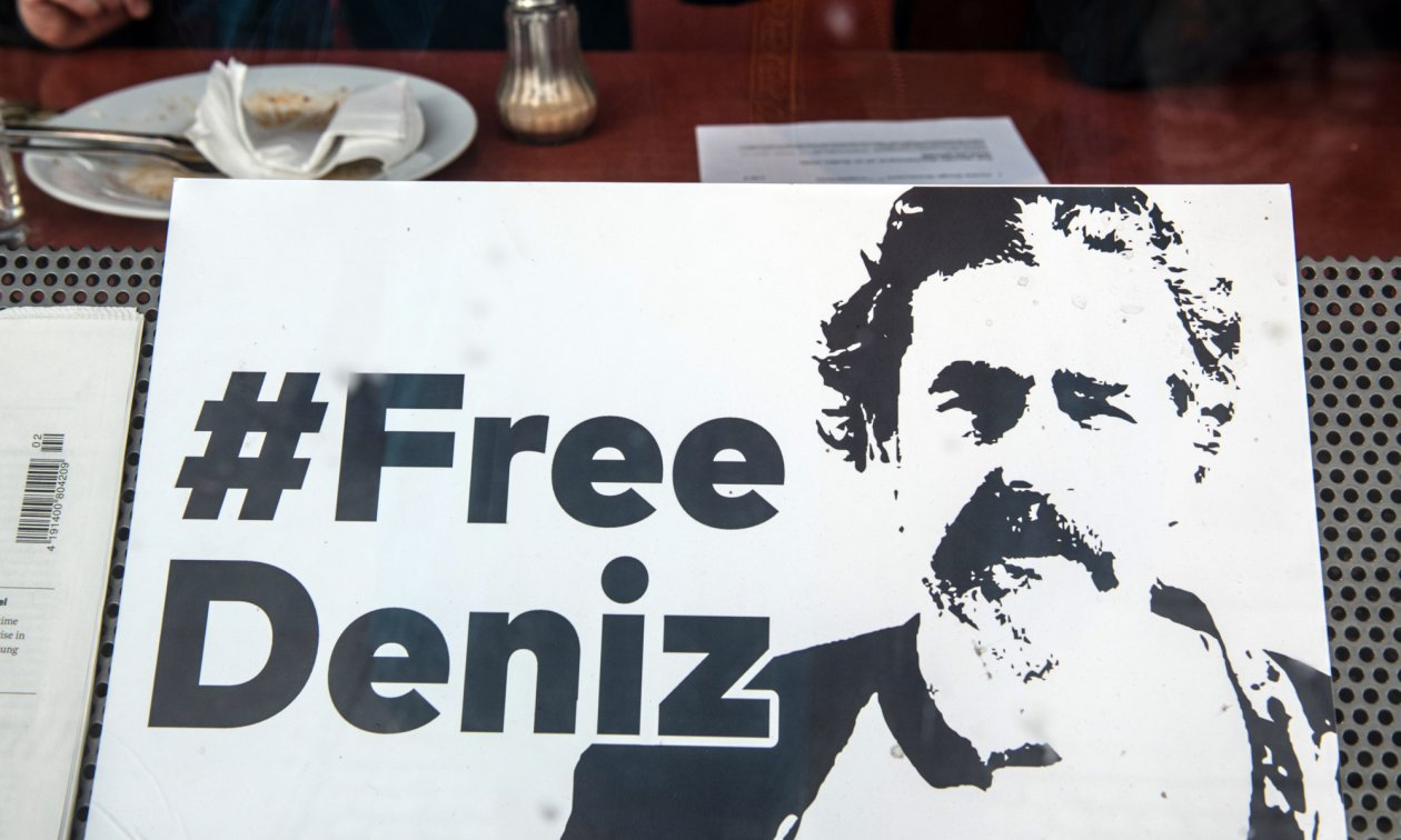 Campaign for Deniz Yücel's release from a Turkish prison.