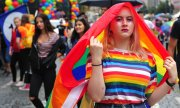 Participants at the Pride Parade in Prague. (© picture-alliance/dpa)