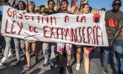 A protest against Spain's immigration laws on 2 August in Barcelona. (© picture-alliance/dpa)
