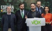 Taking the microphone: Vox leader Santiago Abascal. (© picture-alliance/dpa)