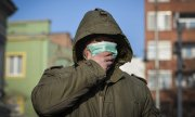 A man in the Hungarian city of Debrecen at the end of January. (© picture-alliance/dpa)