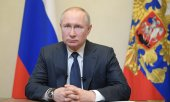 Putin during his televised address on the corona crisis on March 25. (© picture-alliance/dpa)