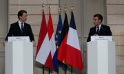 Emmanuel Macron and Sebastian Kurz discussed their strategy in Paris on Tuesday. The EU leaders, Berlin and Amsterdam also tuned in via video. (© picture-alliance/dpa/Michel Euler)