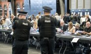 Votes are counted in Manchester. (© picture-alliance/dpa)