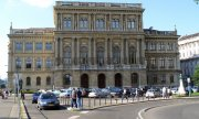 The Hungarian Academy of Sciences in Budapest. (© picture-alliance/dpa)
