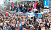 Demonstrators on Sakharov Prospect in Moscow. (© picture-alliance/dpa)