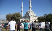 A minaret of Avcılar Central Mosque collapsed in last week's earthquake. (© picture-alliance/dpa)