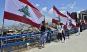 Young people in particular are protesting against the Lebanese government. (© picture-alliance/dpa)