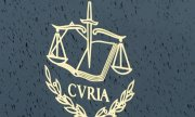 The emblem of the European Court of Justice. (© picture-alliance/dpa)