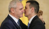 Rivals in the same party: Prime Minister Grindeanu (r.) and PSD leader Dragnea. (© picture-alliance/dpa)