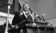 Martin Luther King bei einer Rede in Atlanta. (© picture-alliance/dpa)