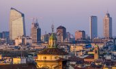 The skyline of Milan, where the Italian stock market is based. (© picture-alliance/dpa)