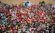 Tributes to Jan Kuciak and his fiancée Martina Kusnirova. (© picture-alliance/dpa)