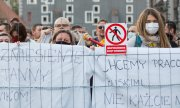 Demostration in the Polish town of Zgorzelec against the closure of the border with Germany. (© picture-alliance/dpa)
