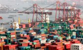 Containerhafen in Shanghai. (© picture-alliance/dpa)