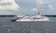 Up to now the two capitals have been linked by a ferry. The crossing takes around two hours. (© picture-alliance/dpa)