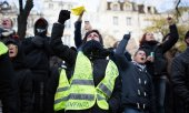Over the past year the yellow vests have regularly held protest actions at traffic junctions across the country. (© picture-alliance/dpa)