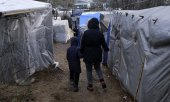 Residents of the Moria refugee camp on Lesbos on 28 January 2020. (© picture-alliance/dpa)