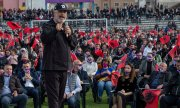 Edi Rama on the campaign trail. (© picture-alliance/dpa)